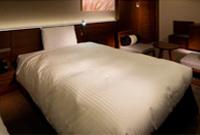 全米ホテルベッドシェアNo1のサータ社製のベッド