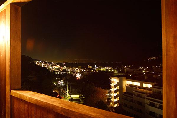 屋上露天からの夜景は最高です。